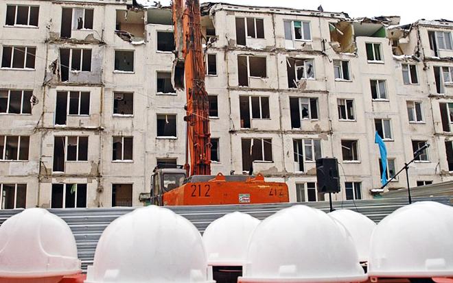 В первую волну сноса пятиэтажек, не снесли еще 36 домов